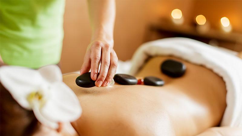 6 Super Benefits Of Hot Stone Massage