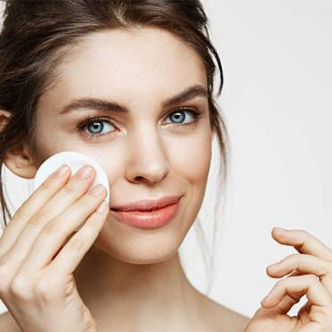 How To Take Care Of Your Skin In A Humid Climate!
