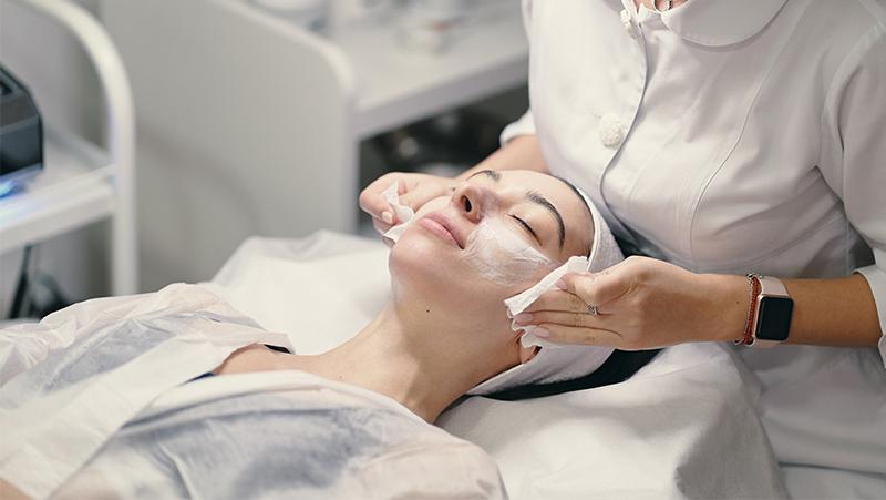 How Facials Can Help Reduce Skin Stress