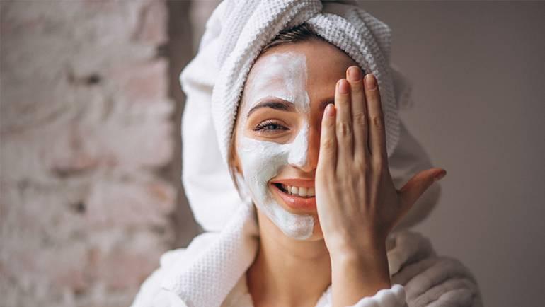 8 Fall Season Skincare Tips